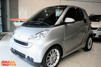 mobil bekas SMART FORTWO PASSION PANORAMIC AT (KM 14.000)