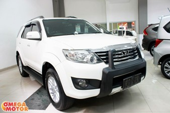 mobil bekas T. NEW GRAND FORTUNER 2.7 G LUX AT (KM 41.000)