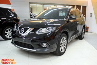 mobil bekas N. ALL NEW X-TRAIL 2.5 AT (KM 13.000)