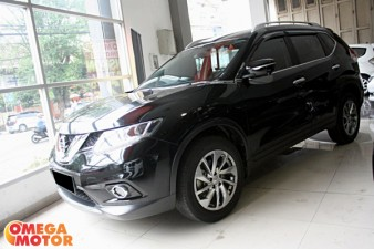 mobil bekas N. ALL NEW X-TRAIL 2.5 ST AT (KM 20.000)