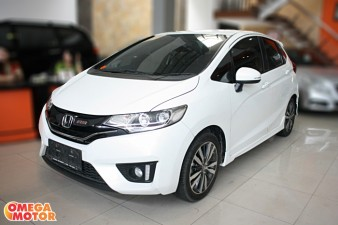 mobil bekas H. ALL NEW JAZZ RS 1.5 MT NEW MODEL (KM 38.000)