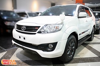 mobil bekas T. FORTUNER 2.7 G LUXURY TRD SPORTIVO AT NEW MODEL (KM 20.000)