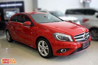 Omega Mobil MERCEDES BENZ URBAN A200 AT (KM 16.000)