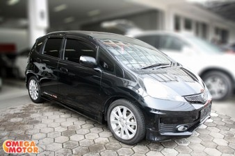 mobil bekas H ALL NEW JAZZ RS 1.5 AT (KM 47.000)