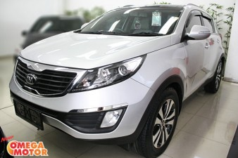 Omega Mobil KIA SPORTAGE PLATINUM 2.0 SUNROOF PANORAMIC, HILL ASSIST AT (KM 43.000)