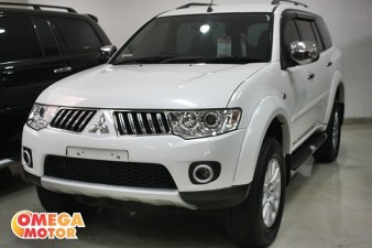 Omega Mobil MITS. PAJERO SPORT S. EXCEED 2.5 AT (KM 66.000)