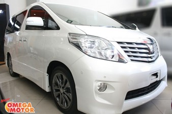 Omega Mobil T. ALPHARD 2.4 S PREMIUM SOUND POWER BACKDOORD AT (KM 41.000)