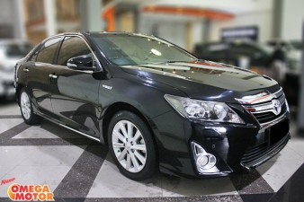 Omega Mobil T. ALL NEW CAMRY HYBRID 2.5 AT (KM 38.401)