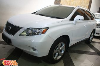 Omega Mobil LEXUS RX 270 BEIGE INTERIOR POWER BACKDOOR  AT (KM 44.189)
