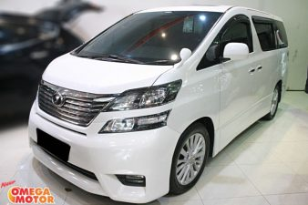 Omega Mobil T. VELLFIRE 2.4 Z AUDIOLESS POWER BACKDOOR AT (KM 48.800)