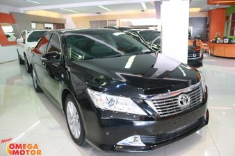Omega Mobil T. ALL NEW CAMRY 2.5 V AT (KM 30.051)
