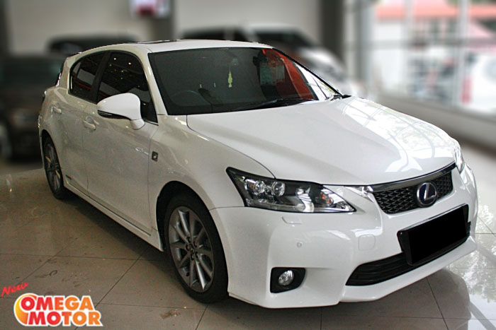 Omega Mobil LEXUS CT 200 HYBRID AT (KM 48.765)