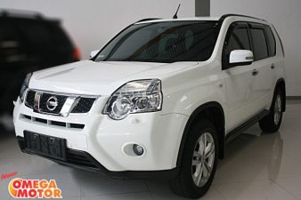 Omega Mobil N. ALL NEW X-TRAIL 2.5 ST FACELIFT AT (KM 35.089)