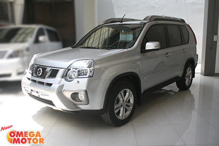 Omega Mobil N. ALL NEW X-TRAIL 2.5 XT X-TREMER AT (KM 15.739)