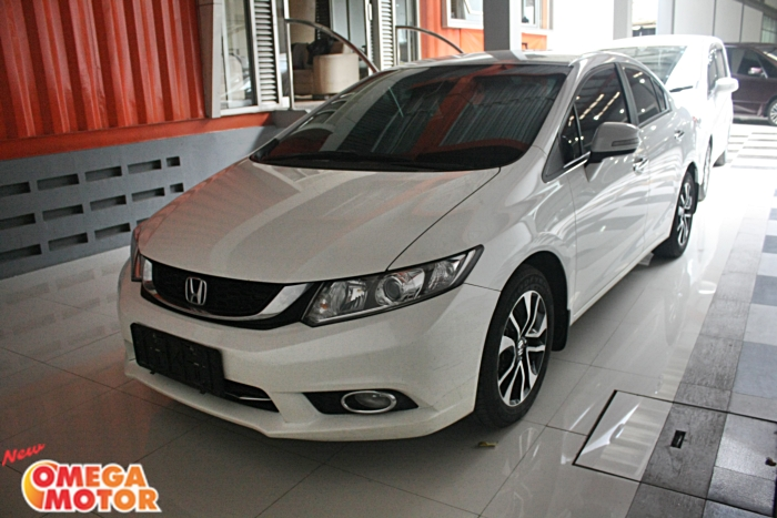 Omega Mobil H. ALL NEW CIVIC 1.8 AT (KM 17.000)