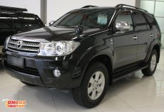 Omega Mobil T FORTUNER 2.5 G DIESEL AT