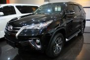Omega Mobil T. FORTUNER VRZ 2.4 AT (KM 34.289)