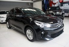 Omega Mobil ALL NEW KIA RIO 1.4 NEW MODEL CVT MT (KM 9.662)