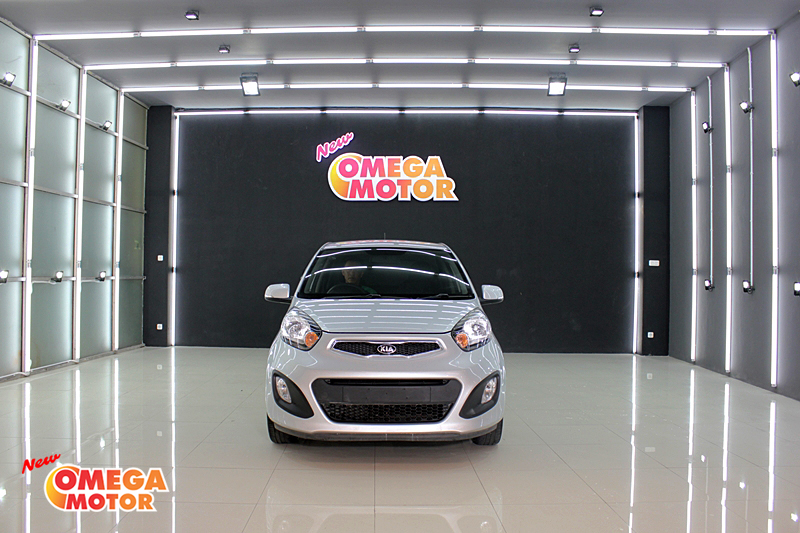 Omega Mobil ALL NEW KIA PICANTO 1.2 MT (KM 56.347)