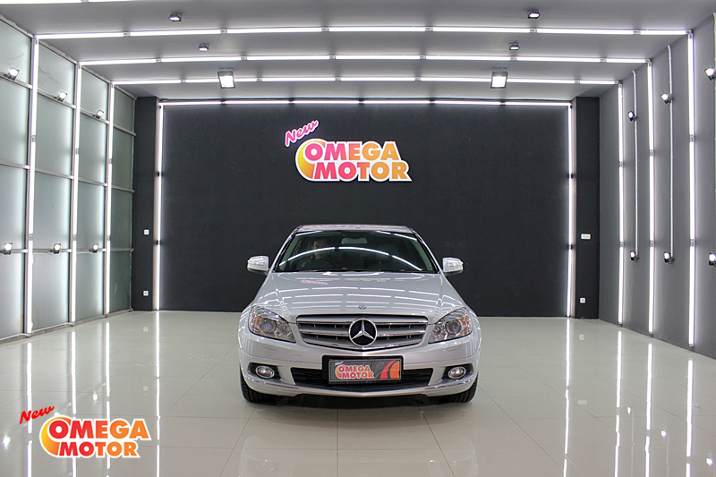 Omega Mobil MERCEDES BENZ C230 2.5 V6 HARMAN KARDON AT (KM 40.970)